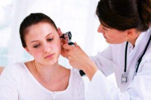 Симптоми на пищене в ушите
